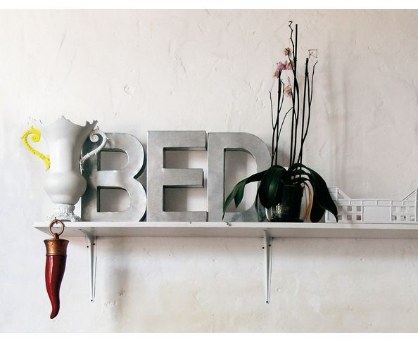Lettre en métal A - Metalvetica de Seletti