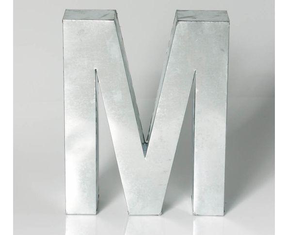 Lettre en métal M - Metalvetica de Seletti