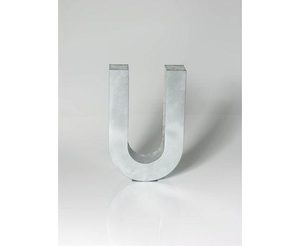 Lettre en métal U - Metalvetica de Seletti
