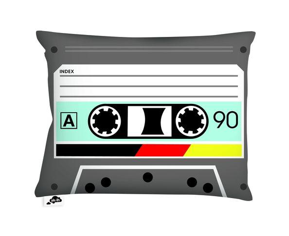 Coussin Audiotape - 40x30 cm d'AK-LH