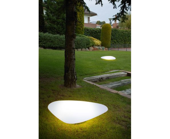 Lampes d 39 ext rieur lampe stone out sur deco and me for Lampe deco exterieur
