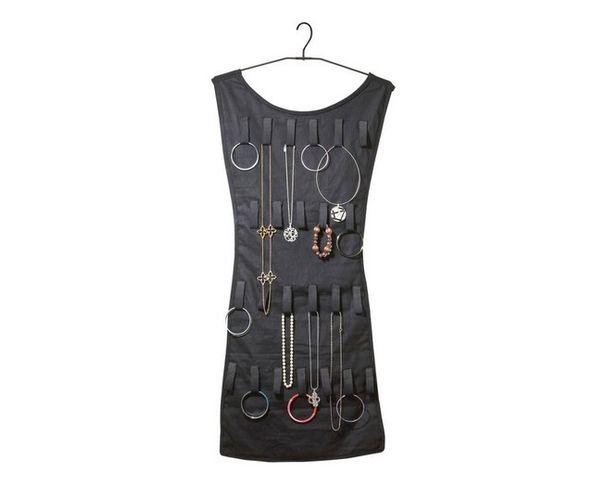 Organisateur à bijoux petite robe noire