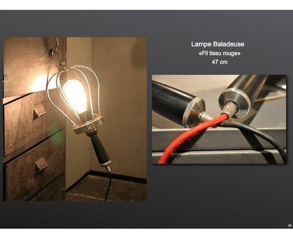 Lampe baladeuse nickel et câble tissu rouge