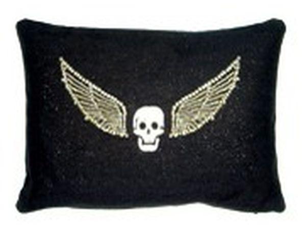 Coussin Tête de mort avec des ailes