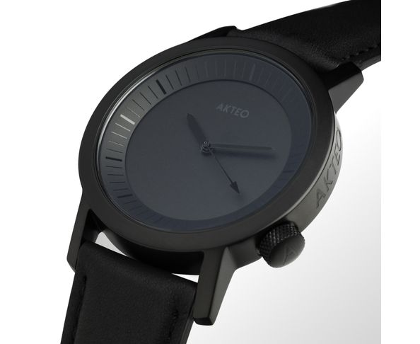 Montre Akteo All Black 42