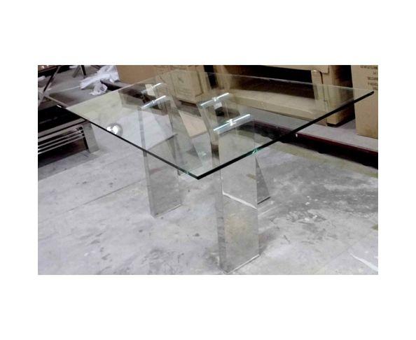 Table de repas, 4 à 6 personnes en verre et acier