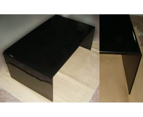 table basse pur e sur deco and me. Black Bedroom Furniture Sets. Home Design Ideas