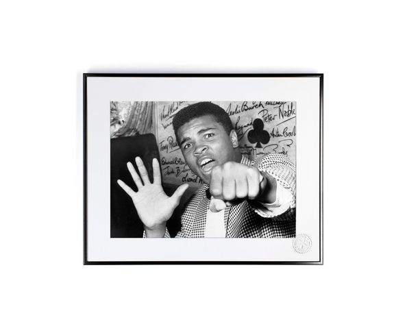 30x40 cm Photos D'art & D'archives MOHAMED ALI POING - Tirage Argentique - Image Republic