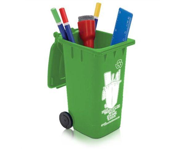 Pot à crayons poubelle à roues