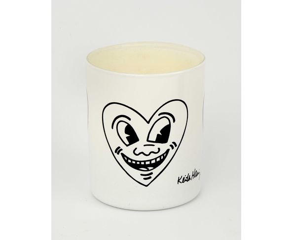 """Bougie blanche parfumée aux agrumes """"Heart/Face"""" noir de Keith Haring"""