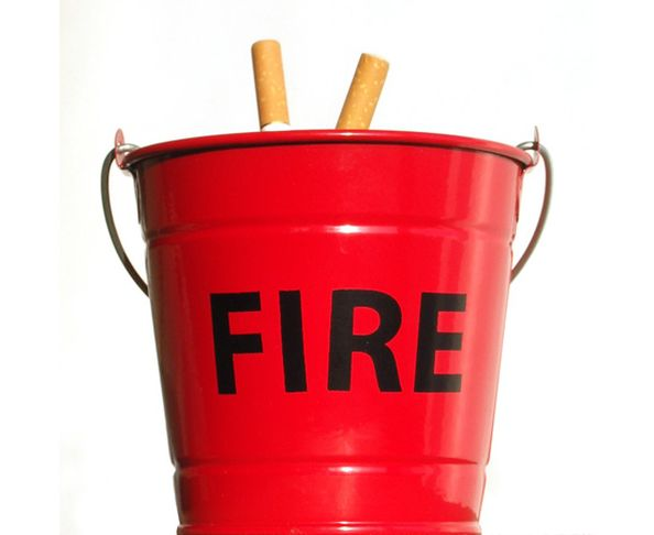 Cendrier seau à incendie - Fire Bucket Ashtray